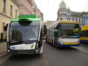 Nový trolejbus (2)