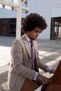 Piano na ulici. Foto Luboš Hostek (3)