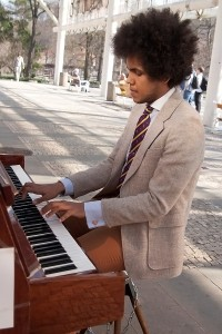 Piano na ulici. Foto Luboš Hostek (9)